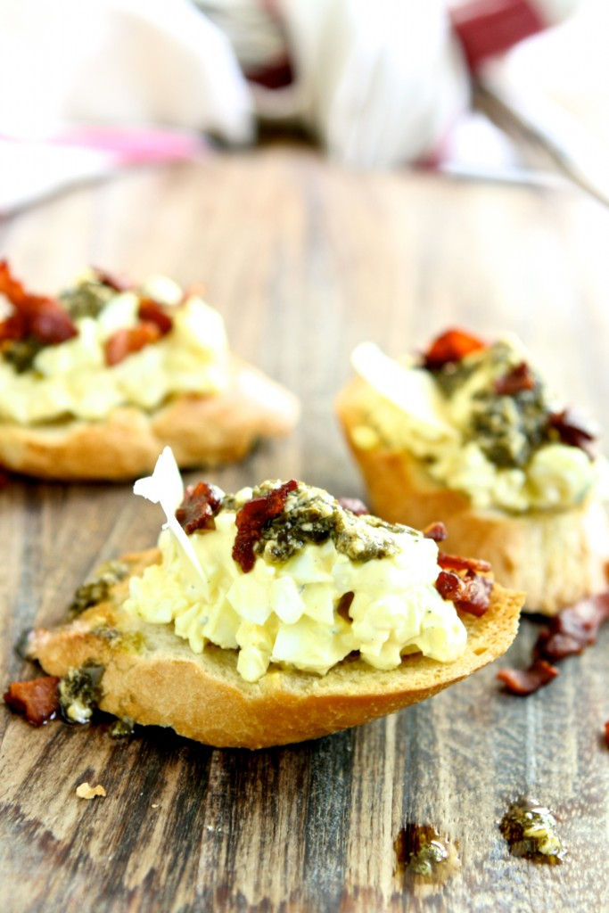 Italian Eggs Salad Crostini